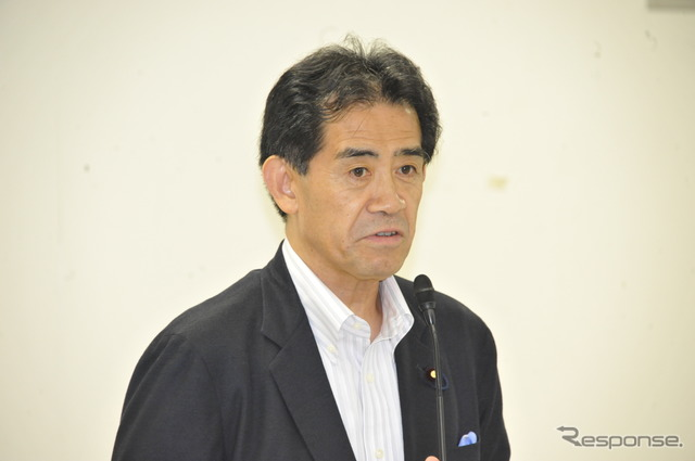 Aisawa, Chairman, LDP Conference motorcycle motorcycles ETC grant proposal voted ( 26 and LDP headquarters )