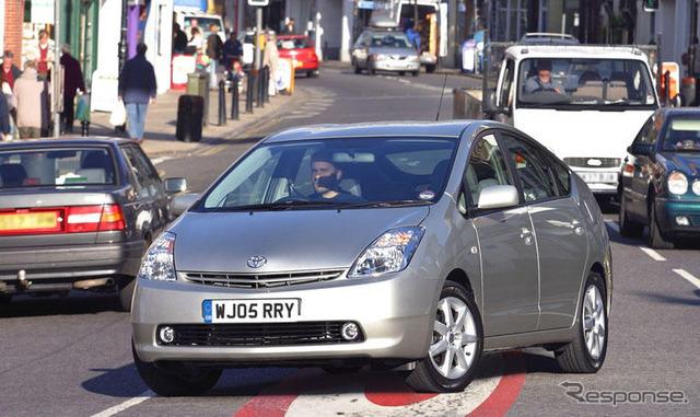 Prius goes charging zone