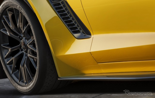 Notice images of the Chevrolet Corvette Z06