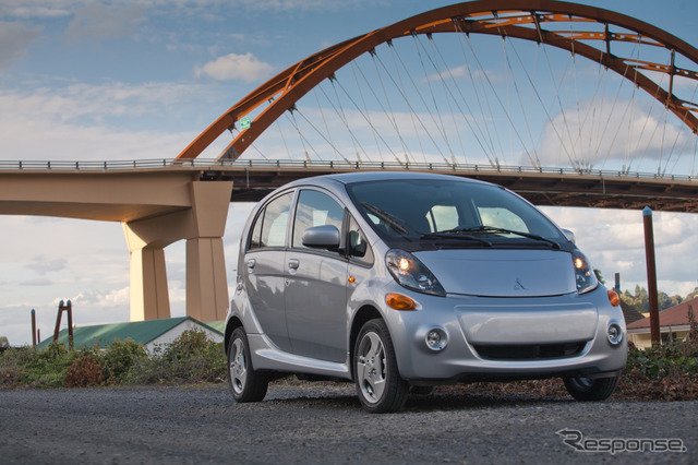 Mitsubishi I-miev 2014-(United States version).