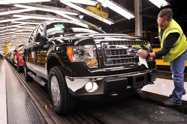 United States, Missouri, Kansas City plant assembling Ford F series