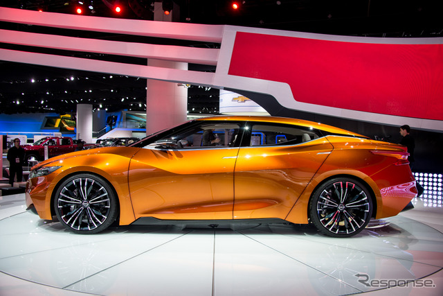 Nissan and sports sedan concept (Detroit Motor Show 14)