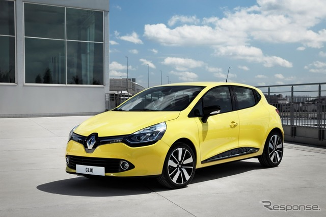 New Renault Clio (lutecia Japan name)
