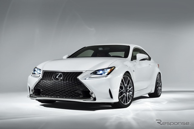 [14 Geneva Motor Show: Lexus, RC F sports exhibit