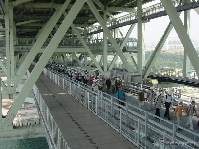 Akashi Kaikyo Bridge maritime walk