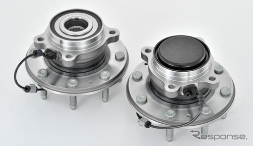 (Left: for drive wheels, right: follow for the driving wheel) developed a jtekt, the third generation of テーパーローラーハブ units