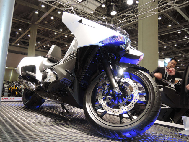 [Tokyo Motorcycle Show 14] The reason behind the futuristic design of Honda NM4