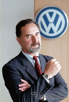 Bernd ピシェッツリーダー who served as the CEO of Volkswagen and BMW