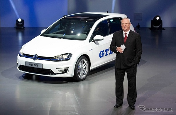 Volkswagen Golf GTE and Martin Winterkorn CEO (Beijing Motor Show 14)