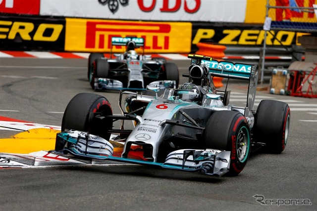 Running on top, with Lewis Hamilton Mercedes Nico Rosberg