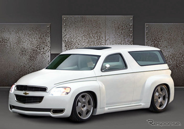 [SEMA05] Chevrolet HHR custom concept