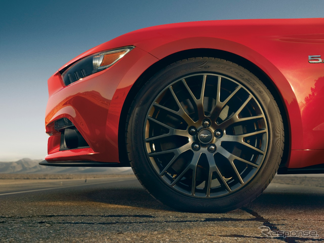 New Ford Mustang performance packs