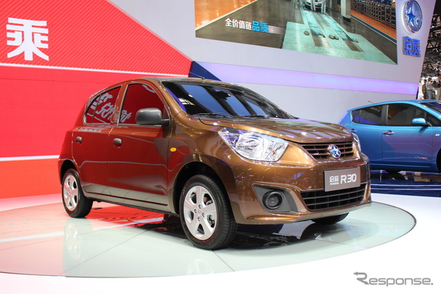 Dongfeng Nissan-ヴェヌーシア R30 (Beijing Motor Show 14)