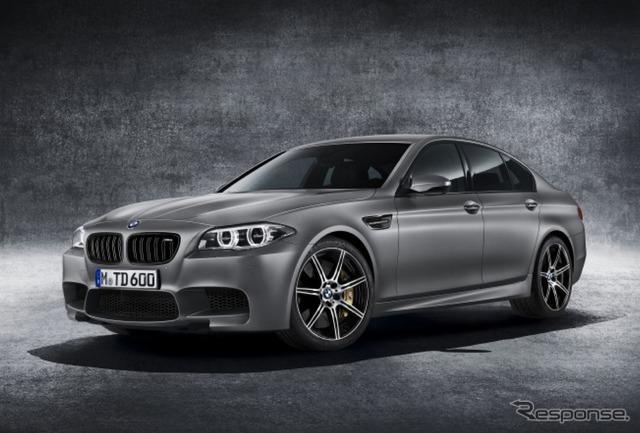BMW M5 30 Jahre ( ドライスィヒ Yale )
