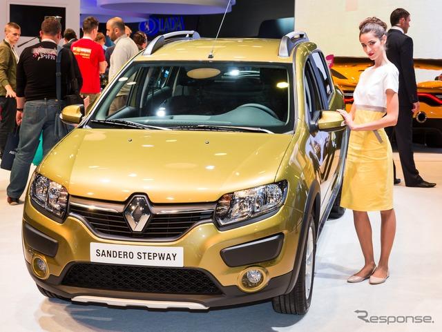 New Renault sandero ステップウェイ (Moscow Motor Show 14)