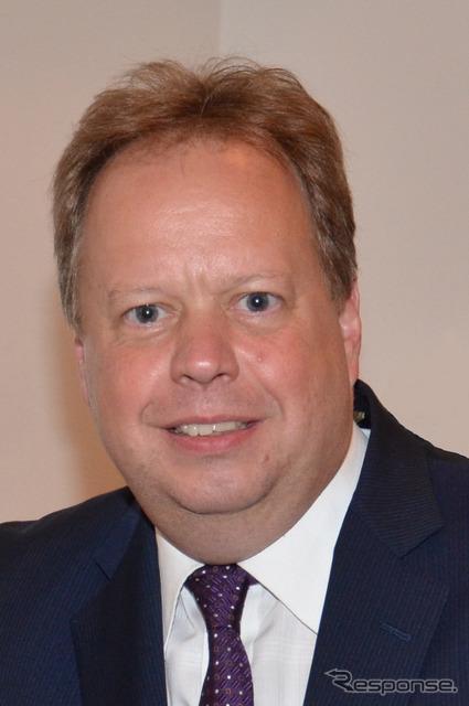 Mr Andy Palmer