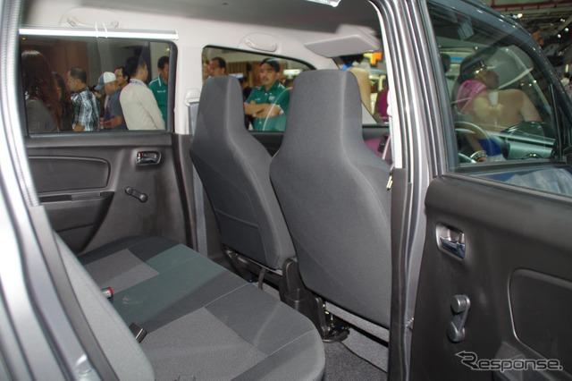 Suzuki Karimun and wagon R GS (Jakarta Motor Show 14)