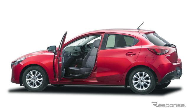 The Mazda Demio Revolving Passenger Seat model