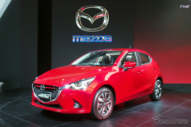 "New in IIMS2014 and abroad show premiere became ""Mazda2"""