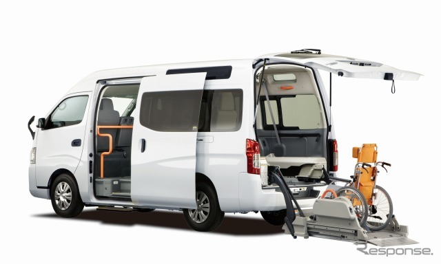 Nissan NV350 caravan ライフケアビークル chaircab (reference image)