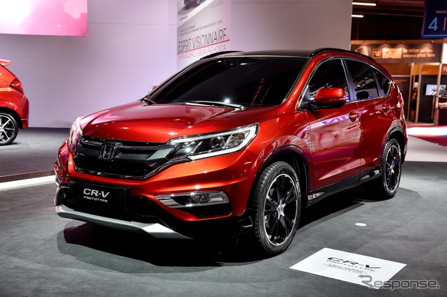European version of the new and improved Honda CR-V (2014 Paris Motor Show)