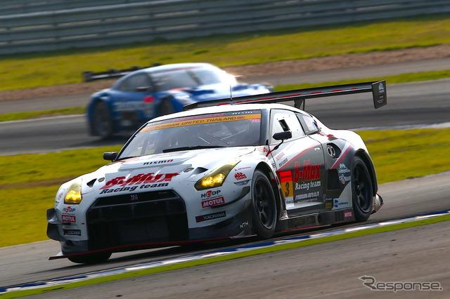 Super GT Round 7, GT300 Class finals, Chang International Circuit in Thailand