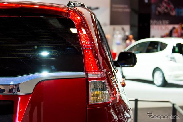 Honda CR-V Prototype (2014 Paris Motor Show)
