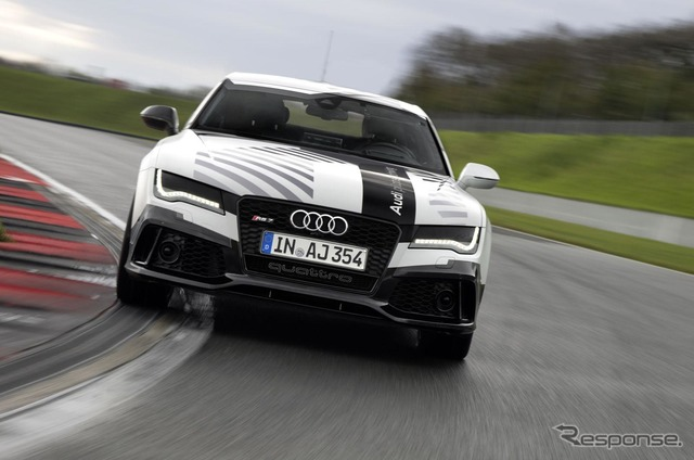 Audi RS7 robot car