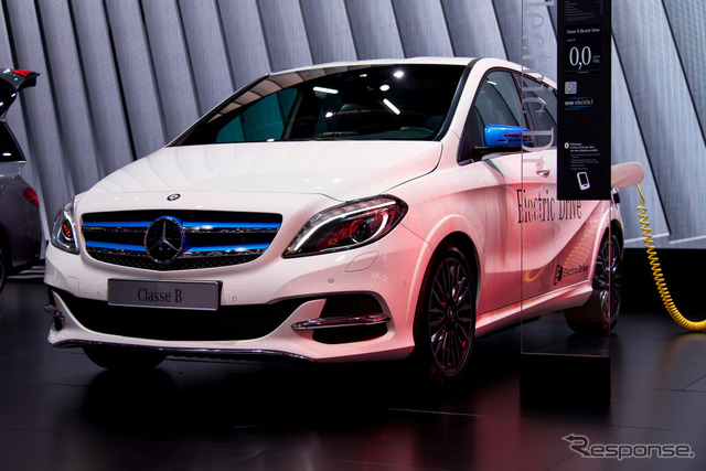 Mercedes-Benz B class electric drive (at the Paris Motor Show 14)