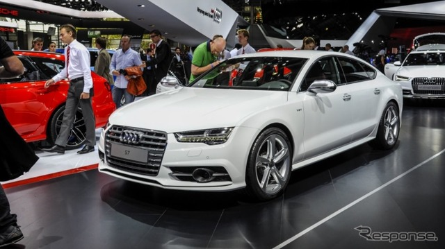 Audi S7 improved new (14 at the Paris Motor Show)