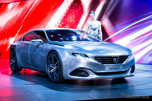 Peugeot EXALT concept (14 at the Paris Motor Show)