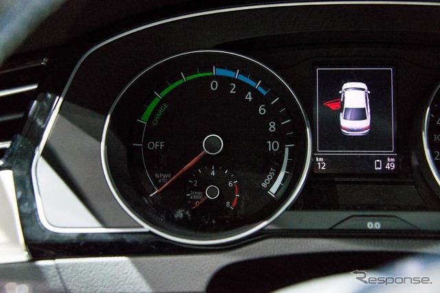 VW Passat GTE (14 at the Paris Motor Show)