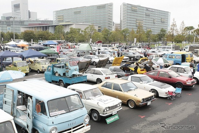 Odaiba old car heaven