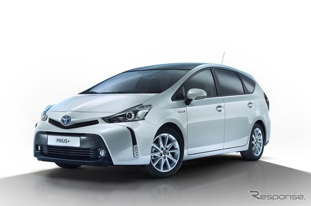 2015 model of Toyota Prius + (Japanese name: Prius α)