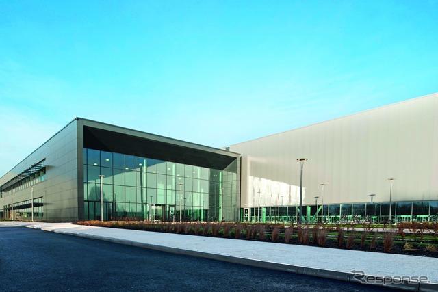 Jaguar Land Rover British engine manufacturing center