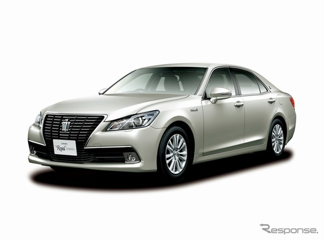 Toyota Crown (reference image)