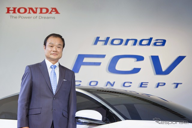 Honda FCV Concept with President Takanobu Ito