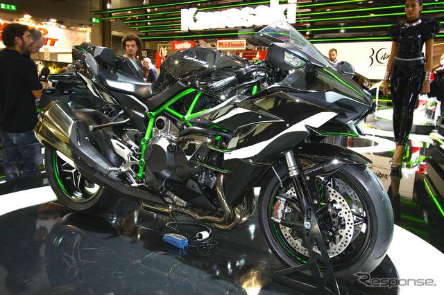 Kawasaki Ninja H2 (Milano Show 14)