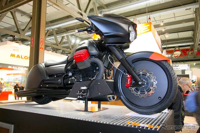 Moto guzzi MGX-21 (Milano Show 14)