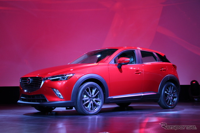 Mazda CX-3 at 2014 Detroit Motor Show
