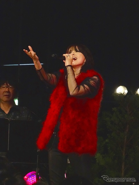 Aikawa nanase, (38 Toyota lobby concert)