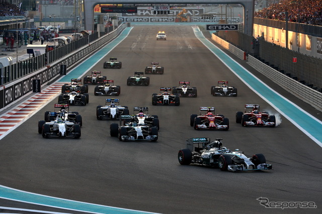 2014 the start scene of the Abu Dhabi Grand Prix
