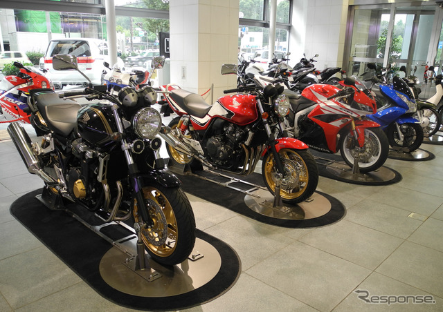 Today 12/30 to determine tax reform proposal of the ruling party Image of photos said to postpone for one year to 4/2016 motorcycle tax