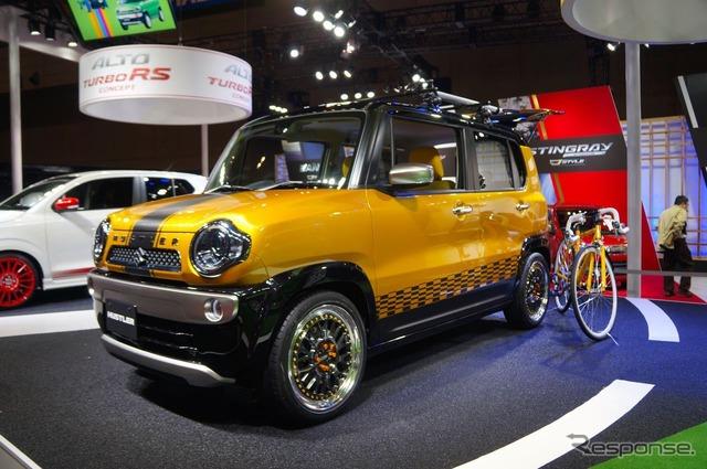 Estilo de la bici de la calle Suzuki Hustler (Tokyo Auto Salon 15)