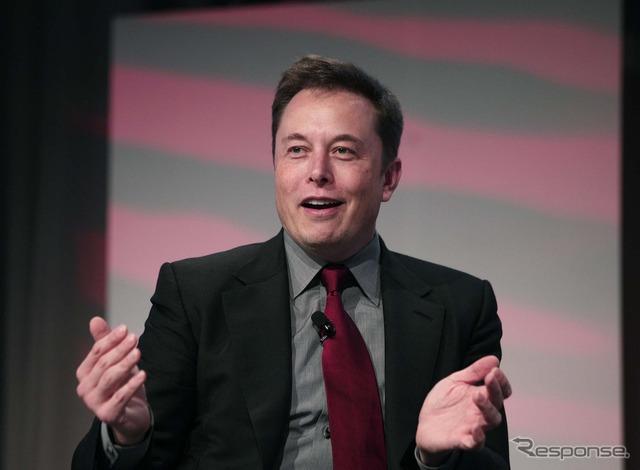 And Tesla Motors Elon Musk (Detroit Motor Show 15)