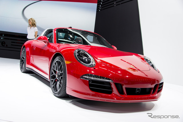 Porsche 911 Targa 4 GTS (Detroit Motor Show 15)