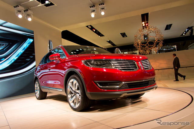 New Lincoln MKX (Detroit Motor Show 15)
