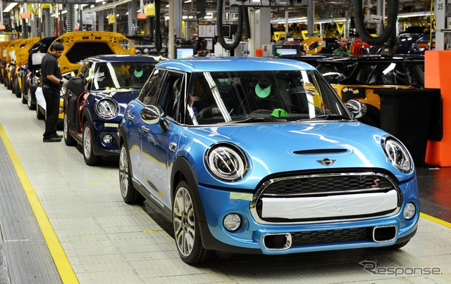 Production was started in the United Kingdom new MINI hatchback 5-door