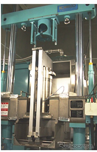 High pressure hydrogen gas environment under the materials test equipment