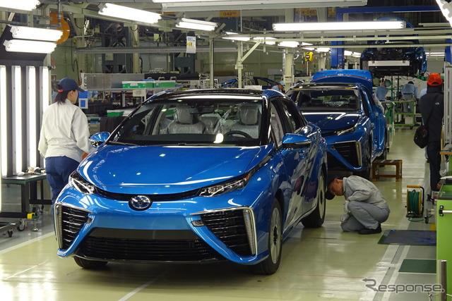 Mirai's production line-off at Toyota's Motomachi Plant